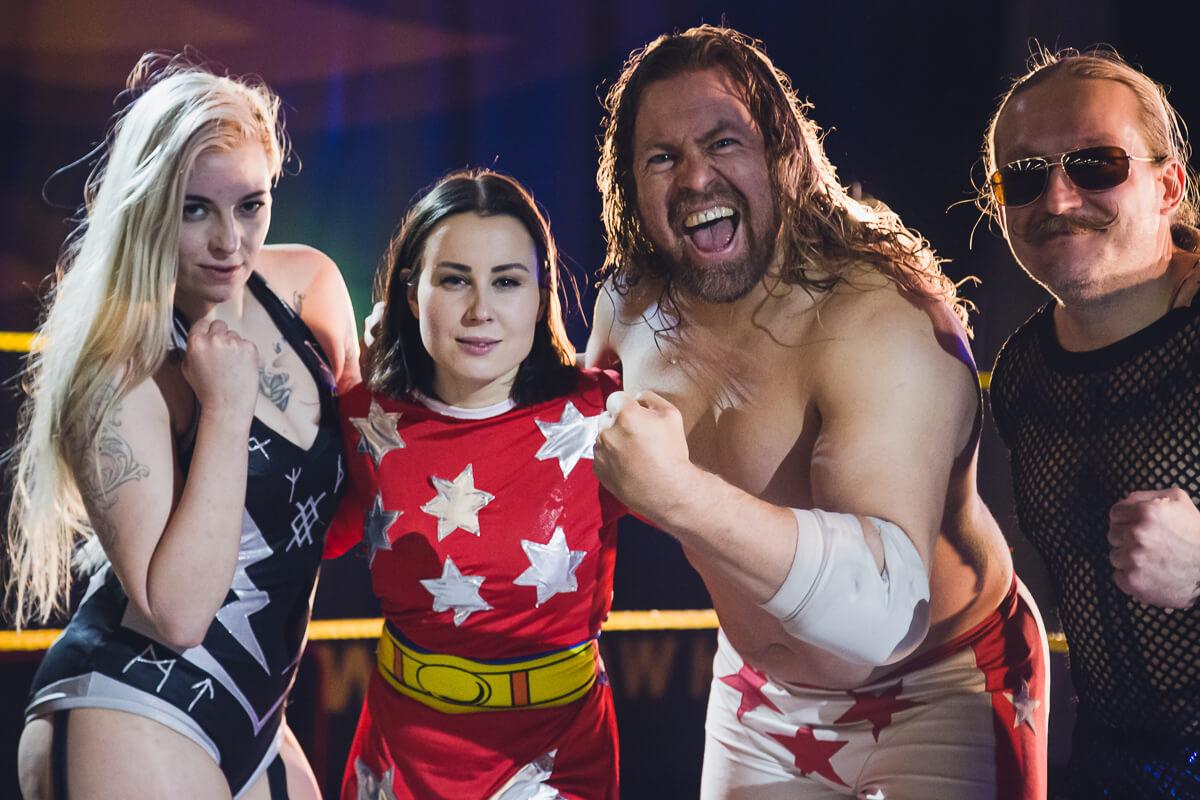SLAM! Wrestling toi showpainia Valion kampanjaan.